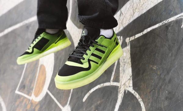 Adidas выпустит ограниченным тиражом кроссовки в честь 20-летияXbox